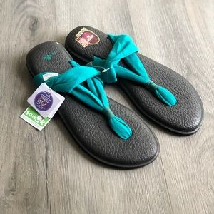 Sanuk • NWT Yoga Sling 2 Teal Sandals